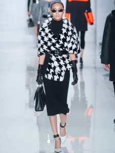 black/white houndstooth pattern coat