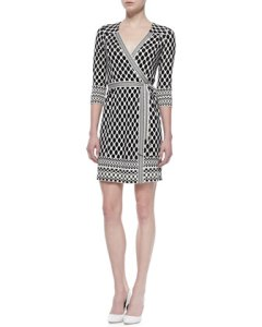Diane von Furstenberg Tallulah Long Sleeve Woven Print Wrap Dress$445 Neimans