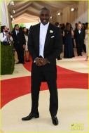 idris-elba-2016-met-gala-carpet-02